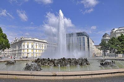 Planet Vienna Schwarzenbergplatz Wien